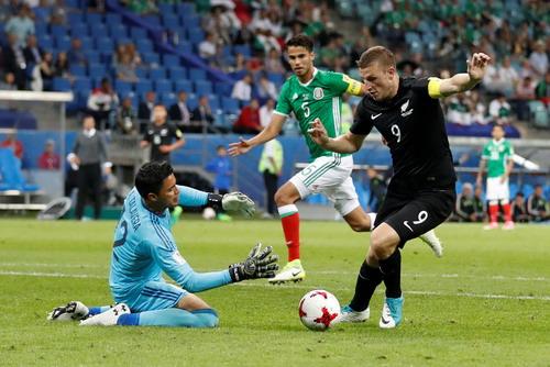 Ronaldo ghi bàn, Bồ Đào Nha chắc suất bán kết Confed Cup - Ảnh 7.
