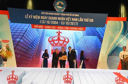 Khách sạn Rex Sài Gòn - Doanh nghiệp phát triển bền vững trên 40 năm - Ảnh 1.