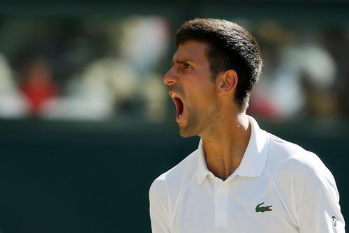 Djokovic lạnh lùng thoát hiểm, Federer chờ đối đầu tiểu Federer - Ảnh 4.