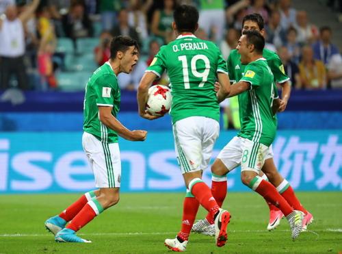 Ronaldo ghi bàn, Bồ Đào Nha chắc suất bán kết Confed Cup - Ảnh 8.