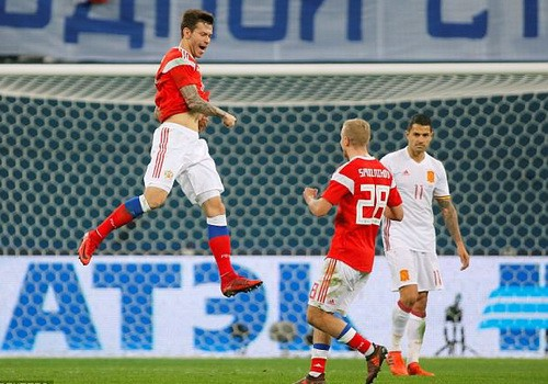Argentina thua thảm Nigeria, Tây Ban Nha hòa chật vật chủ nhà World Cup - Ảnh 7.