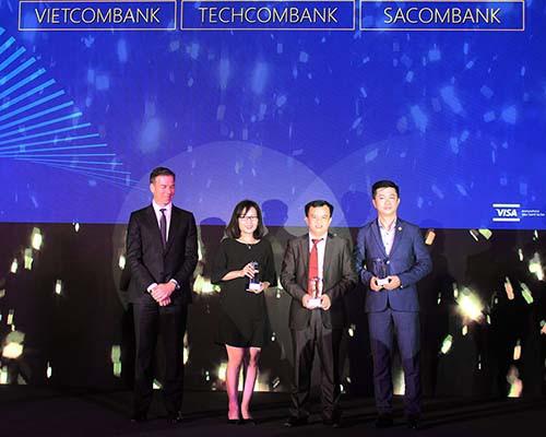 Techcombank dẫn đầu thị trường về doanh số sử dụng Visa Credit - Ảnh 1.