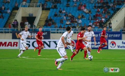 Tuấn Mạnh lăn xả, Việt Nam giành vé dự VCK Asian Cup 2019 - Ảnh 1.