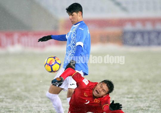 Những hình ảnh lấy nước mắt người hâm mộ của U23 Việt Nam - Ảnh 13.