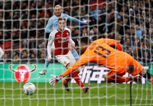Sao dự bị Man City tỏa sáng, Pep đoạt danh hiệu nước Anh đầu tiên - Ảnh 6.