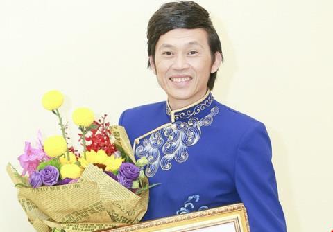 Hoài Linh: Sân khấu sẽ có tinh thần U23 - Ảnh 2.