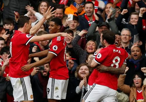 M.U - Liverpool 2-1: Klopp chê trọng tài, Mourinho đá xéo bình luận viên - Ảnh 1.