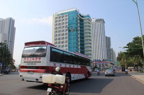 Tour Việt bó tay với khách Trung Quốc - Ảnh 1.