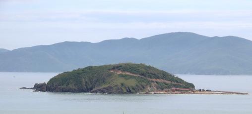 Kiểm điểm việc để lấn vịnh Nha Trang trái phép - Ảnh 2.