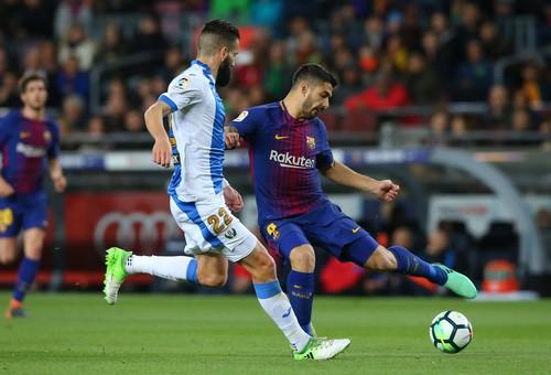 Hat-trick Messi giúp Barcelona bắt kịp kỷ lục 38 năm La Liga - Ảnh 3.