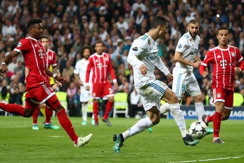 Người hùng Cuneyt Cakir trao vé chung kết cho Real Madrid - Ảnh 8.