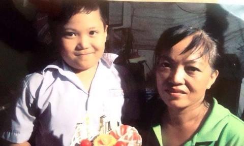 Theo mẹ vào công viên Lê Thị Riêng, bé trai mất tích - Ảnh 1.