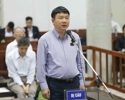 Ông Đinh La Thăng thừa nhận ký 2 nghị quyết góp vốn vào OceanBank - Ảnh 1.