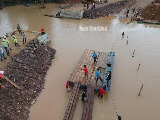 Chùm ảnh 2.800 người bị ảnh hưởng vỡ đập ở Lào sống ra sao? - Ảnh 14.