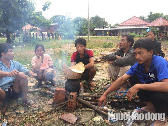Chùm ảnh 2.800 người bị ảnh hưởng vỡ đập ở Lào sống ra sao? - Ảnh 11.