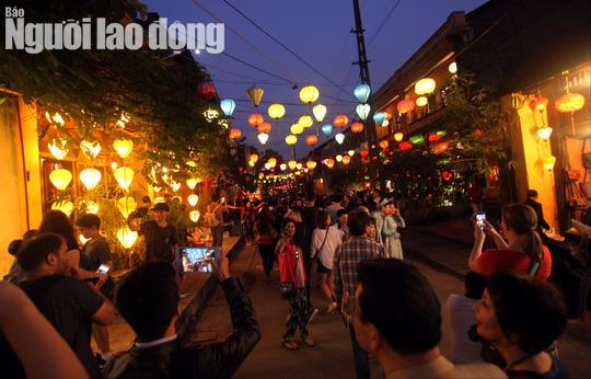 Mừng năm mới tái hiện hình ảnh phố cổ Hội An đầu thế kỷ 20 - Ảnh 4.