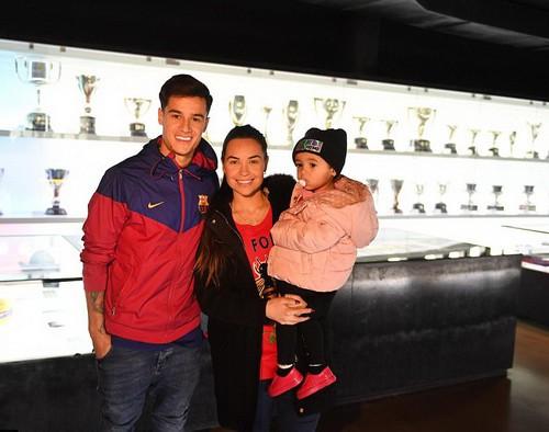 Thương binh Coutinho chào sân hợp đồng bom tấn tại Barcelona - Ảnh 7.