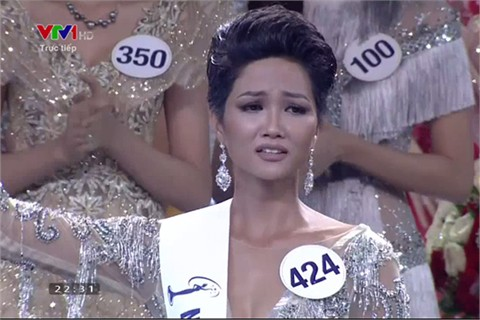 Hhen Niê đăng quang Hoa hậu Hoàn vũ Việt Nam - Ảnh 1.
