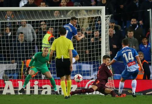 Messi hỏng phạt đền, Barcelona thua sốc Espanyol - Ảnh 6.