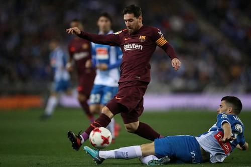 Messi hỏng phạt đền, Barcelona thua sốc Espanyol - Ảnh 2.
