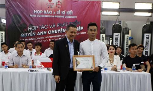 Trần Văn Thảo sang Mỹ tranh đai vô địch thế giới - Ảnh 1.