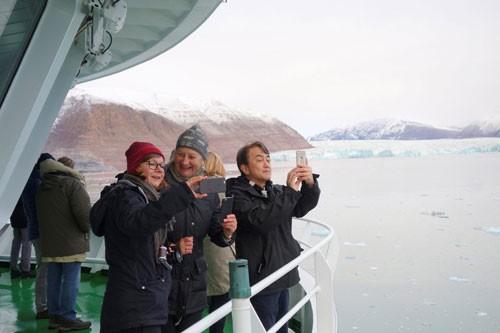 Tranh cãi về du lịch Bắc Cực - Ảnh 1.