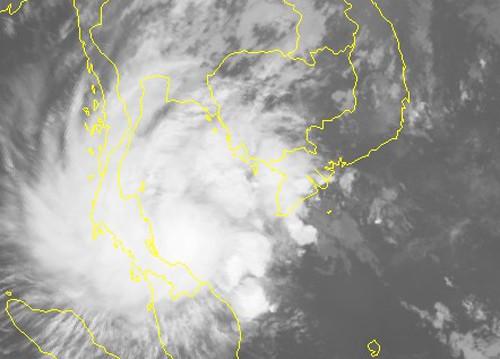 Bão số 1 mạnh thêm, giật cấp 12, Nam Bộ mưa rất to - Ảnh 2.