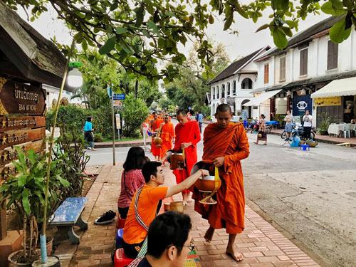 Đến Luang Prabang tìm bình yên - Ảnh 1.