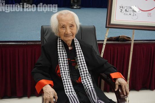 Nhạc sư Nguyễn Vĩnh Bảo xứng đáng với danh hiệu Nghệ nhân Nhân dân - Ảnh 1.