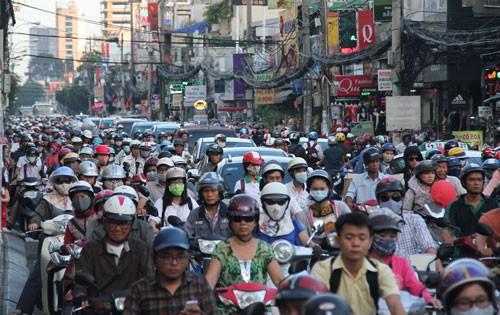 Ngành giao thông xử lý hàng loạt vấn đề nóng - Ảnh 1.