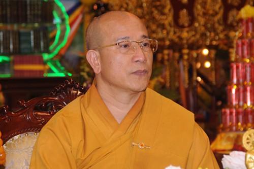 Vụ chùa Ba Vàng: Đại đức Thích Trúc Thái Minh hành lễ sám hối - Ảnh 1.