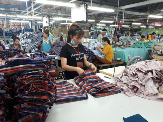 Thương chiến Mỹ - Trung, dệt may Việt Nam tăng thị phần xuất khẩu - Ảnh 1.