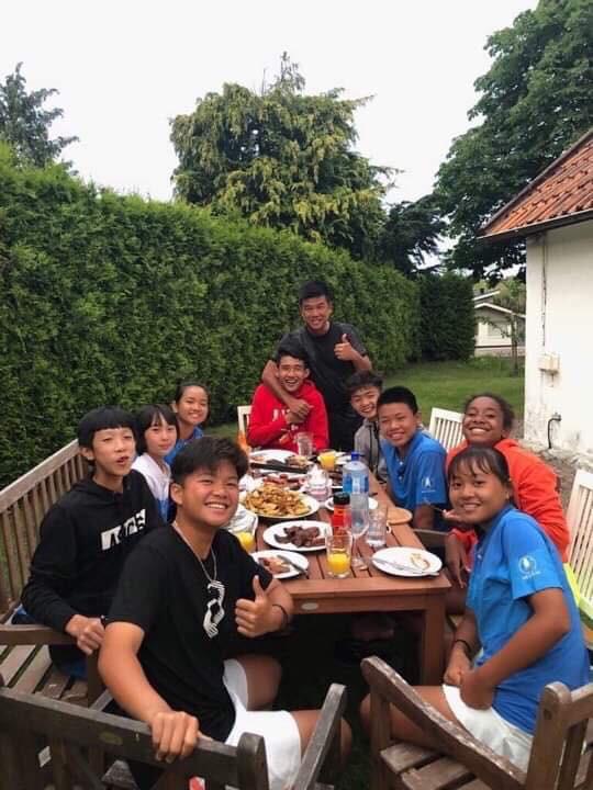 13 tuổi nhưng Phạm Lê Hoàng Anh vô địch U16 Giải Quần vợt ở Thụy Điển - Ảnh 1.