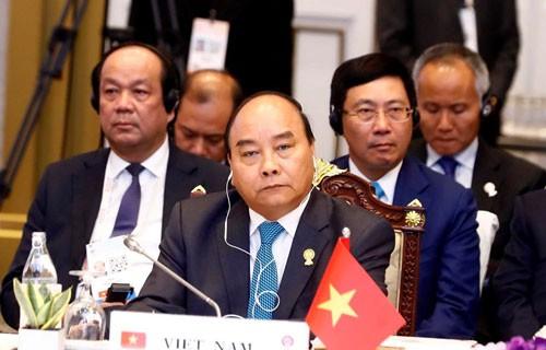 ASEAN cần ưu tiên gắn kết nội khối - Ảnh 1.