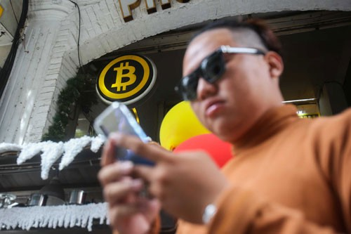 Bitcoin tạo sóng trở lại - Ảnh 1.