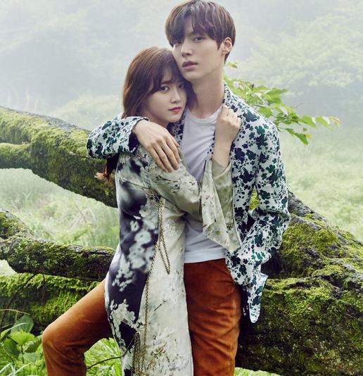 Nàng cỏ Goo Hye Sun tiết lộ tiếp bê bối ly hôn - Ảnh 1.
