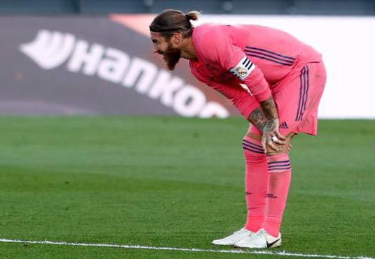 Mất 6 sao, Real Madrid khủng hoảng trước El Clasico - Ảnh 2.