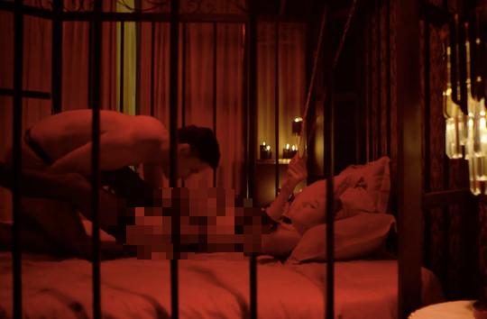 Sốc với cảnh nóng như phim Hollywood trong phim Việt - Ảnh 1.