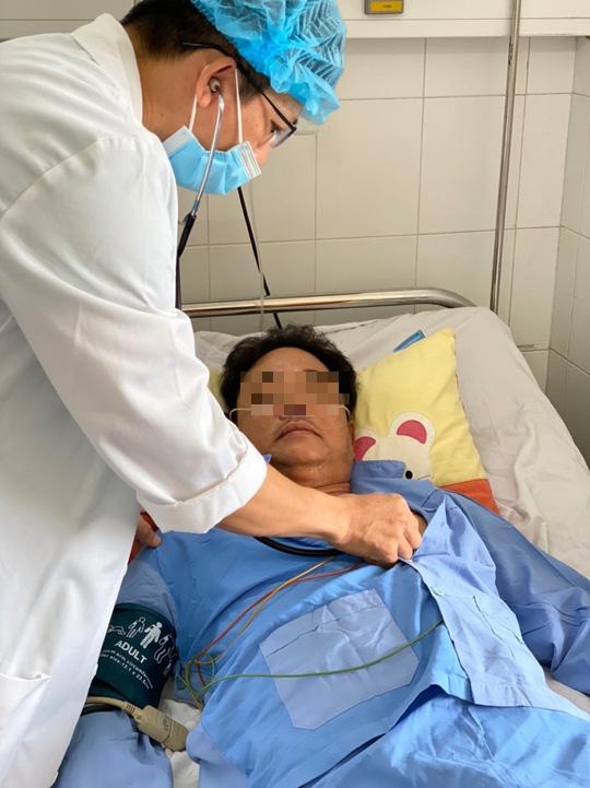 Nam bệnh nhân 49 tuổi suýt mất mạng vì nhồi máu cơ tim, 15 năm tiểu đường - Ảnh 1.