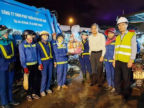 Quảng Bình: Đẩy mạnh chăm lo đoàn viên - lao động - Ảnh 1.