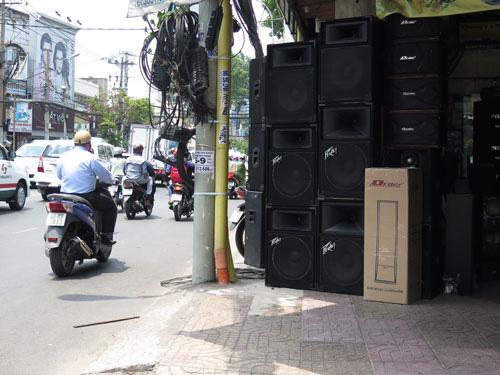 Trị tiếng ồn ở khu dân cư: Dễ hay khó? (*): Chỉ cần chung tay, sẽ xử được tiếng ồn - Ảnh 1.
