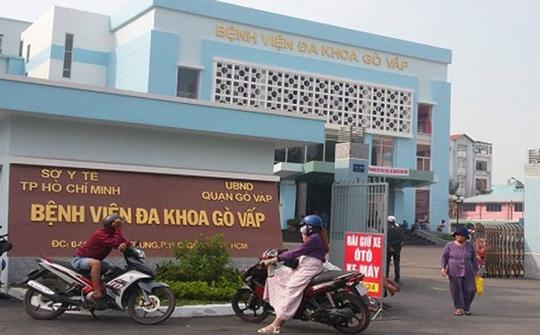 NÓNG: Đình chỉ công tác Giám đốc Bệnh viện quận Gò Vấp - Ảnh 2.