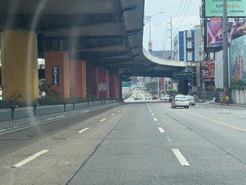 Covid-19: Thành phố ma ở Philippines - Ảnh 2.