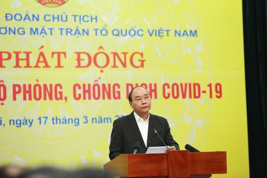CLIP: Thủ tướng quyên góp ủng hộ phòng chống dịch Covid-19 - Ảnh 4.