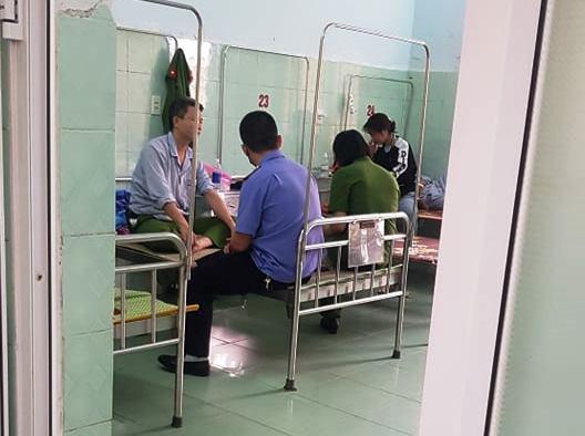 Quảng Bình: Điều tra vụ một đại úy công an bị đánh rơi xuống sông, nhập viện - Ảnh 1.