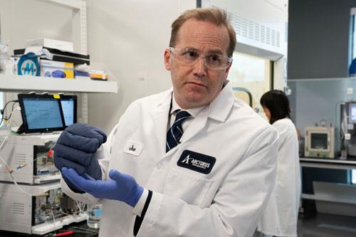 WHO thử nghiệm thuốc trị Covid-19 - Ảnh 1.