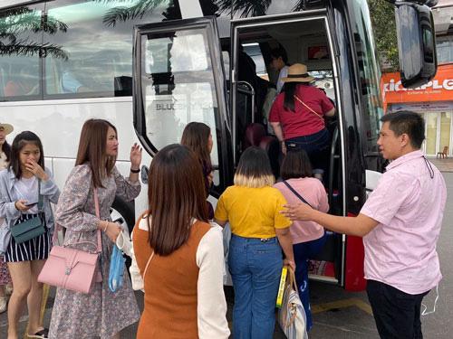Đà Nẵng: Hơn 23.000 lao động du lịch bị mất việc do dịch bệnh Covid-19 - Ảnh 1.