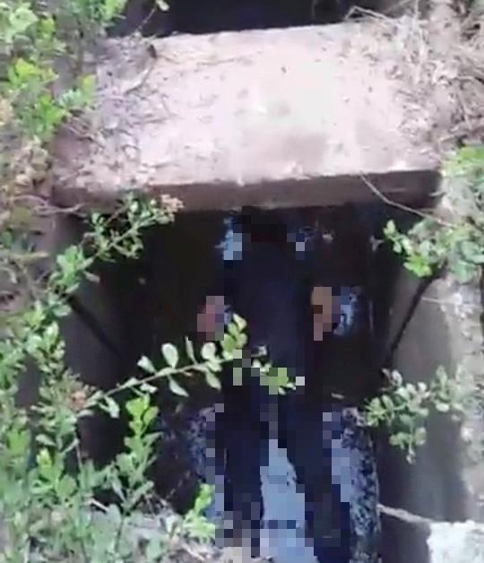 Hoảng hốt phát hiện thi thể người đàn ông dưới cống thoát nước - Ảnh 1.