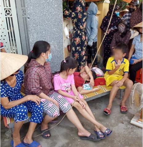 Người làm thuê dựng lều trước nhà đòi tiền: Nguyên phó Công an huyện đã trả 162 triệu đồng - Ảnh 1.