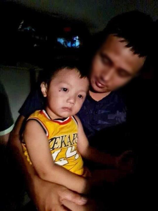 Tìm thấy bé trai hơn 2 tuổi mất tích tại công viên ở Bắc Ninh khi chơi cùng bố - Ảnh 1.
